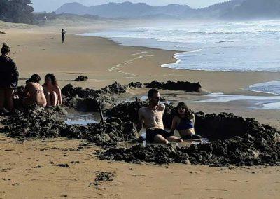 Hot_Water_Beach_People_2